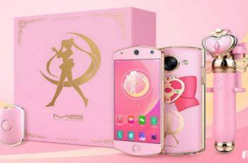 Sailor Moon κινητό συνοδευόμενο από Selfie Stick