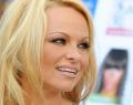 Pamela Anderson εναντίον video games (και όχι μόνο)!